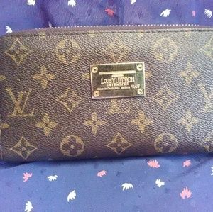 Authentic Louis Vuitton wallet retro/vintage